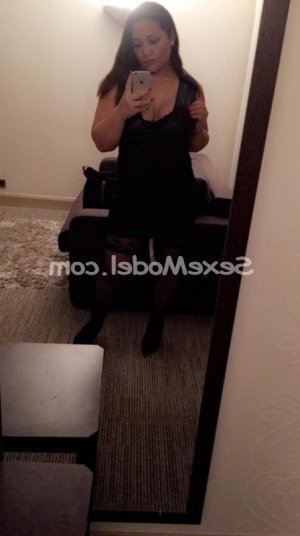 Kelyna massage tantrique rencontre libertine